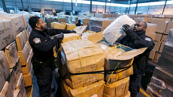 U.S. Signals Crackdown on Counterfeit Goods Sold Online